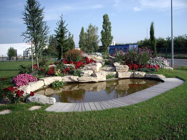 Bassin leos paysages - Amenagement bassin de jardin ...